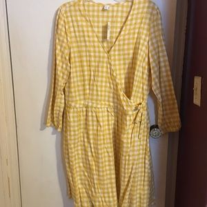 NWT Old Navy yellow gingham dress faux wrap